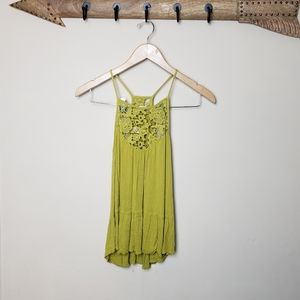 Lace design yellow flowy tank top